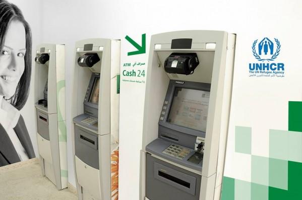 القاهرة عمان يدشن مكتب خاص بالصرافات الآلية في المفرق