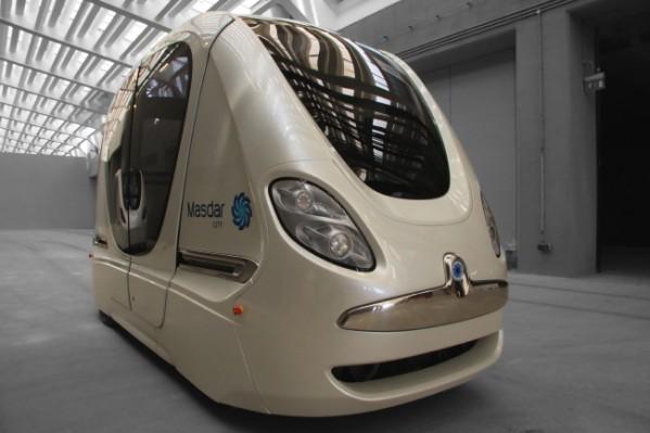 """نظام النقل الذاتي في """"مصدر"""" يعمل بكفاءة تصل إلى 99% عن بداية انطلاقته عام 2010"""