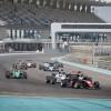 جوناثان أبردين يحصد لقب بطولة الفورمولا 4 في الإمارات في موسمها الأول