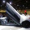 نيسان تعرض أحدث ابتكاراتها في مجال السيارات الكهربائية خلال معرض دبي الدولي للسيارات