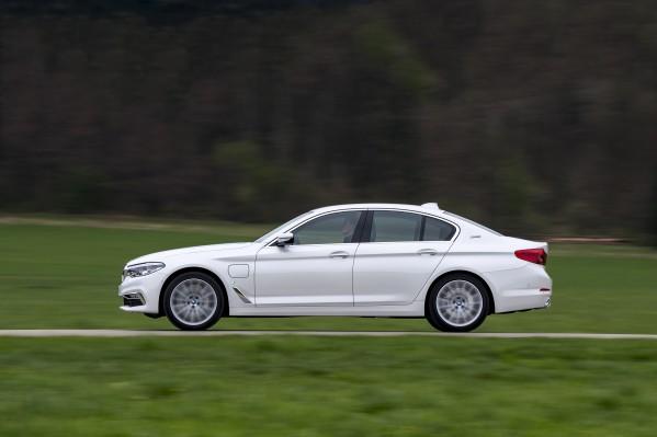 ارتفاع طفيف في مبيعات مجموعة BMW بالرغم من الصعوبات