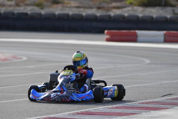 عبداللـه الدوسري يتطلع للمنافسة على لقب بطولة البحرين للكارتينغ