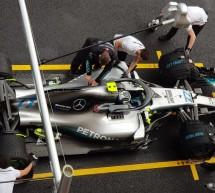 فريق مرسيدس إيه إم جي بتروناس موتورسبورت للفورمولا 1 يحقق الانتصار في سباق جائزة أبوظبي الكبرى بألوان أكسالتا