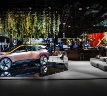 """تقنية المحاكاة التفاعلية بين السائق وسيارته ومحيطها  مجموعة BMW تستعرض خاصية تكنولوجية جديدة خلال """"مؤتمر الجوالات العالمي"""" 2019"""