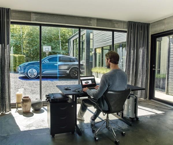 مركز بورشه دبي يطلق أول منصة لبيع سيارات بورشه عبر الإنترنت