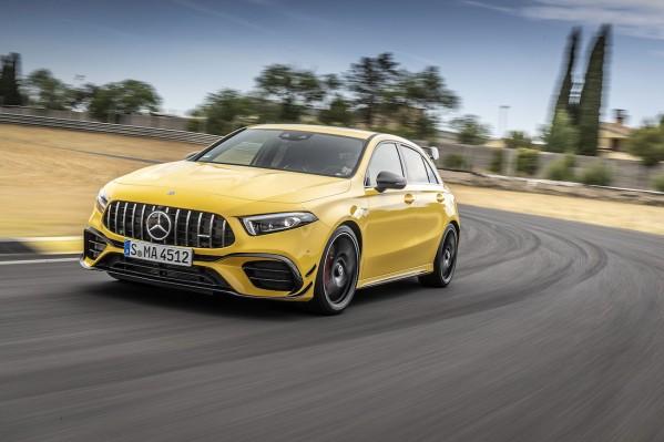 سيارتا Mercedes-AMG A 45 S 4MATIC+ و CLA 45 S 4MATIC+ الجديدتان   السياراتان الرياضيتان الفائقتان في فئة السيارات المدمجة