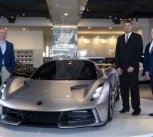 سيارة 'لوتس إيفايا' الجديدة الخارقة تصل إلى الشرق الأوسط ضمن جولتها حول العالم