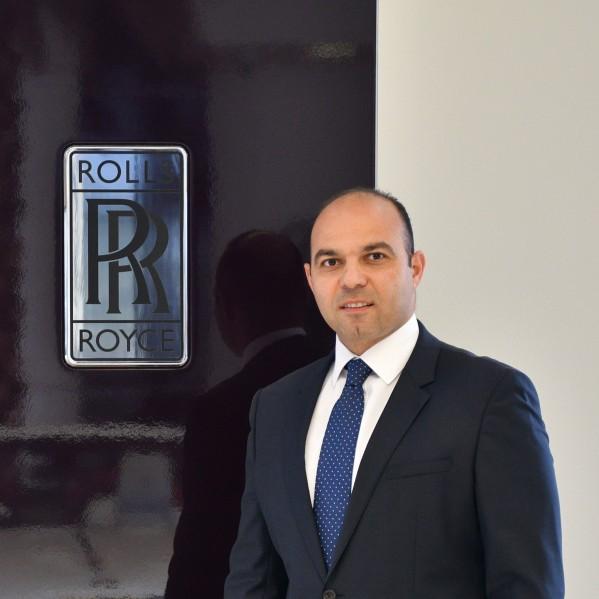 أبوظبي موتورز تعيّن مديراً جديداً لعلامة رولز-رويس  طارق معتزّ يواصل تحسين مسيرة النجاح المستمرة للوكيل الحصري لسيارات  العلامة التجارية الفاخرة في العاصمة الاماراتية