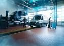"""سيارات مرسيدس-بنز فان: خدمة الصيانة الشاملة  سيارات مرسيدس-بنز فان أصبحت الآن متوفرة مع برامج """"سيرفس كير"""" المرنة لخدمة ما بعد البيع"""