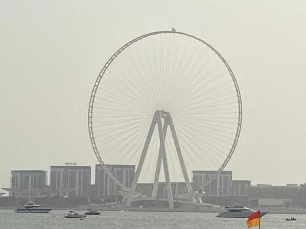 عين دبي مرحلة مهمة من مراحل انشائها