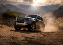 """لاند روڤر ديفندر الجديدة تحصل على جائزة """"موتور تريند"""" لأفضل سيارة رياضية متعددة الأغراض للعام 2021"""