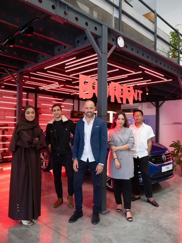 """فولكس واجن تشارك بمعرض """"فن الثقة"""" في """"السركال أفنيو"""" خلال أسبوع السركال للفنون احتفالاً بإطلاق سيارة T-Roc"""