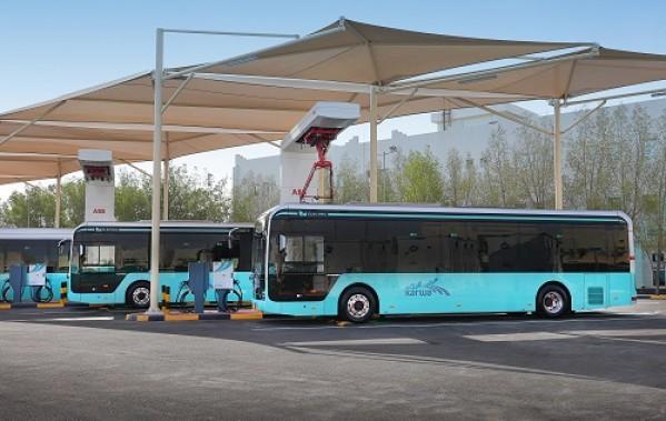 إيه بي بي ستزوّد أكبر مشروع بنية تحتية للحافلات الكهربائية في قطر بالشحن الكهربائي