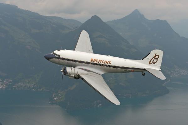 طائرة 'بريتلينغ دي سي – 3' الأسطورية تزور منطقة الشرق الأوسط خلال جولة عالمية كاسرة للأرقام القياسية