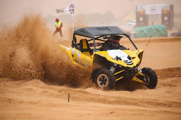 65 متسابق من 6 دول تنافسوا على رمال صحراء البداير..الإمارات تجتاح المراكز الأولى في سباقات مركبات