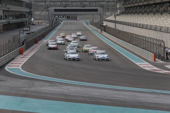 السائقون يسعون لزيادة التسارع مع انتهاء النصف الأول للموسم التاسع من تحدي كأس بورشه جي تي 3 الشرق الأوسط