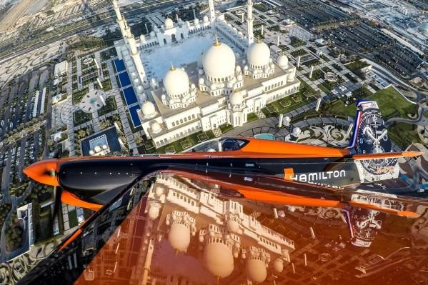 السرعة، الدقة، المهارة …شركة هاملتون، ضابط الوقت الرسمي في بطولة ريد بول الجوية العالمية لعام 2018