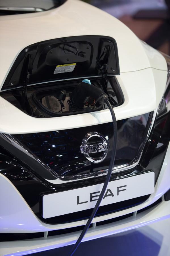 """""""نيسان"""" تقدّم لمحة خاصة لزوار معرض دبي الدولي للسيارات عن مستقبل نمط الحياة الكهربائي"""