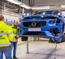 المشروعات التجارية – فولفو تحتفل بمرور 20 عاماً على تأسيس مركز سلامة سيارات فولفو