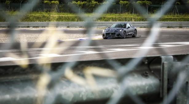 النظرة الأولى على النموذج الأولي لسيارة جران توريزمو الجديدة